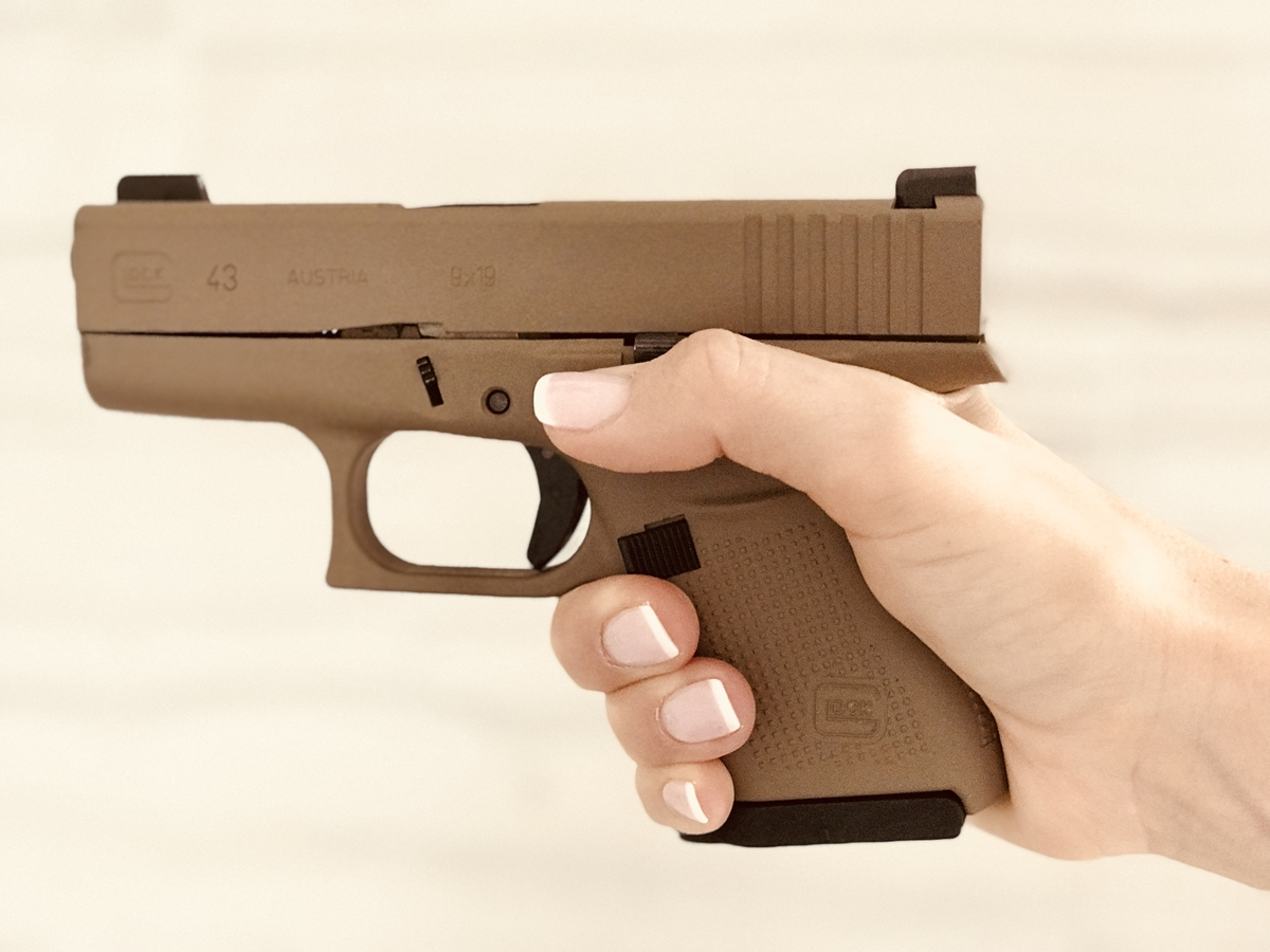 2 Glock 43 GeePlates with finger rest